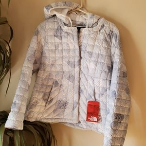 NWT North Face thermoball cardigan hooded blue dot